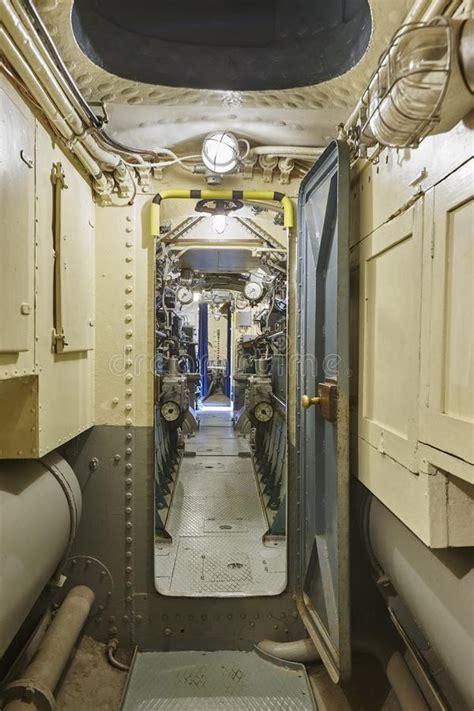 interno sottomarino interno sottomarino corridoio secondo mondo di
