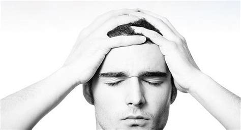 forte mal di testa e vomito mal di testa l emicrania