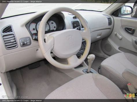 Hyundai Accent 2000 Interior by 2001 Hyundai Accent Information And Photos Zombiedrive