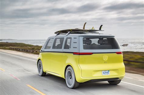volkswagen minibus electric volkswagen to put microbus inspired id buzz electric car