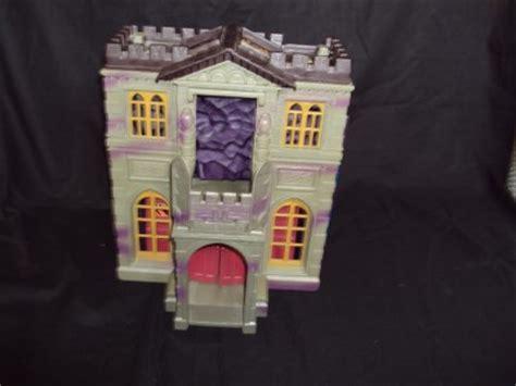 batman toy house batman bat cave wayne manor house toy dc comic inc 1991 rare ebay