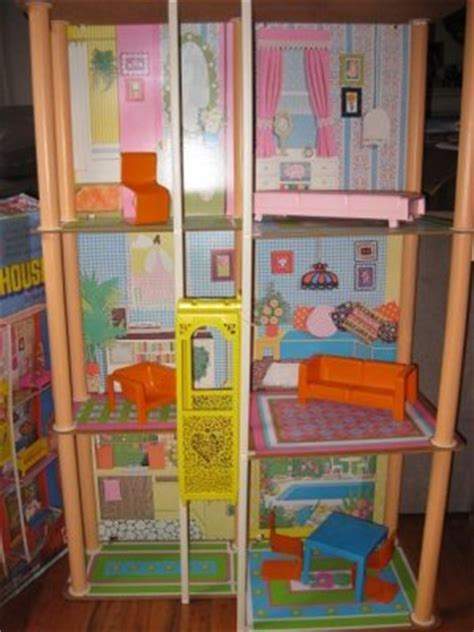4 story fashion doll house vintage 1970s townhouse with original box