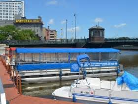 party boat rentals milwaukee city business riverwalk boat tours rentals 187 urban