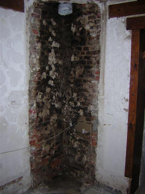 anti bistre cheminee platrer ancienne chemin 233 e briques pleines de suie