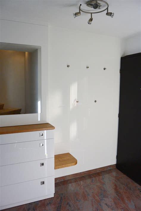 garderobe nach maß wandfarbe f 252 r graues sofa