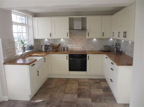 Alvechurch Kitchens & Bathrooms: 100% Feedback, Kitchen