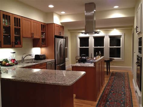 pictures of kitchens with oak cabinets shaker oak cabinets new england kitchen remodel
