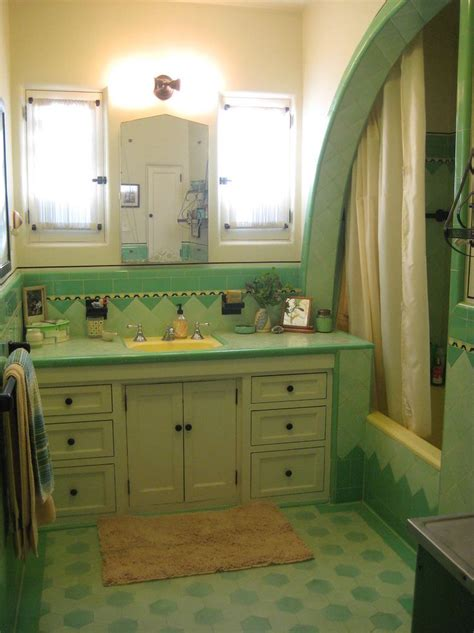 vintage bathrooms 97 best home retro bathrooms images on pinterest