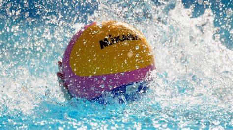 unipol la spezia pallanuoto le atlete spezzine della marina volano in a2