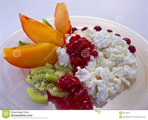 Cottage Cheese With Fruit by Cottage Cheese With Fruit Royalty Free Stock Photography