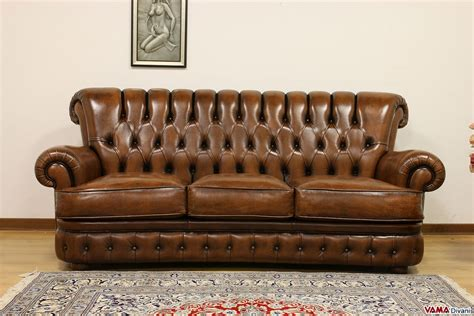 leather sofa with buttons buttoned leather sofa in the chesterfield style