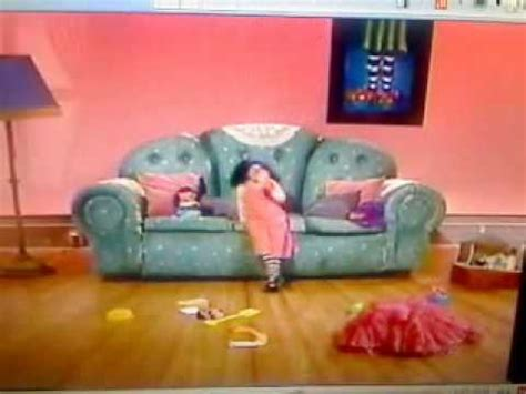 big comfy couch ten second tidy big comfy couch quot why quot 10 second tidy muffled version
