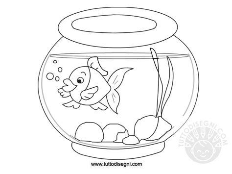pesciolino rosso nella vasca di cristallo pesce nella vaschetta da colorare tuttodisegni