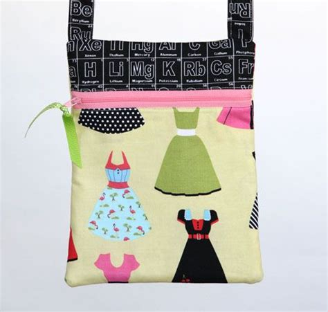 free pattern hipster bag free hipster bag pattern featuring designer novelty fabric