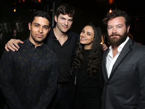 mila kunis wilmer valderrama eyes reunion with 70s show that 70s show cast reunite at screening of the ranch
