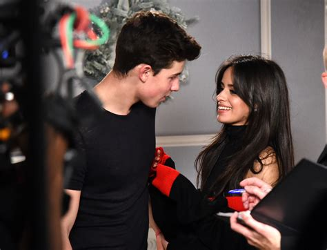 did shawn mendes and camila cabello smooch on stage m
