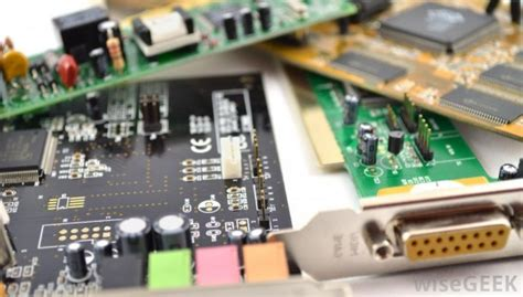 explain integrated circuit what is an integrated circuit