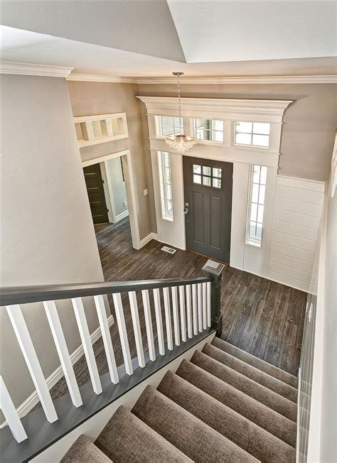 Front Door Flooring 1000 Ideas About Entry Chandelier On Entryway Chandelier Chandeliers And Foyer