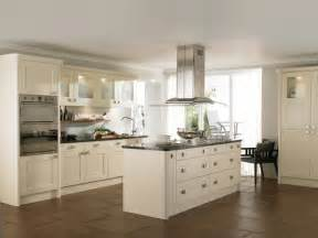 Cream shaker kitchens suitable for both contemporary and classic homes