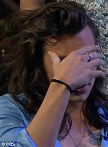 harry styles tattoo daily mail one direction s harry styles gets late late show tattooed
