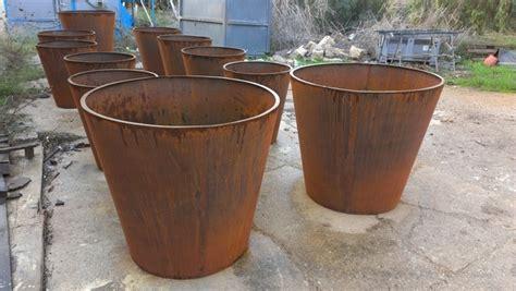 vasi in ferro vasi in lamiera corten di gaetano lavorazione ferro