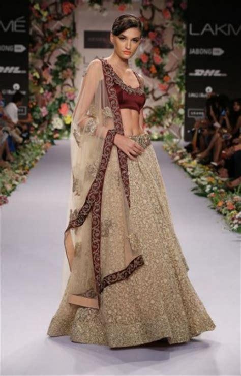 Designer Indian Wedding Dresses by Indian Wedding Dresses What To Wear To An Indian Wedding