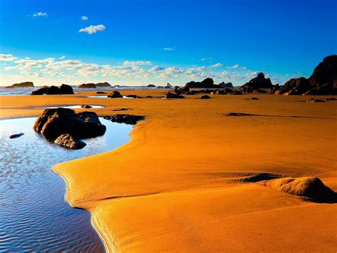 sand beaches orange sand beach beautiful praias coloridas pinterest