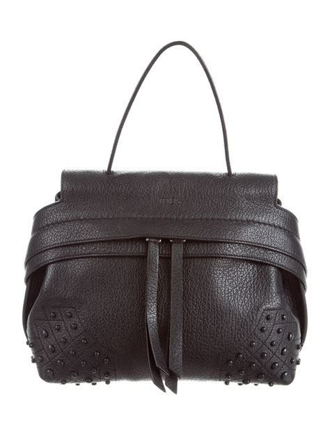 Tods Mini Wave Black Grained tod s small wave bag handbags tod41132 the realreal