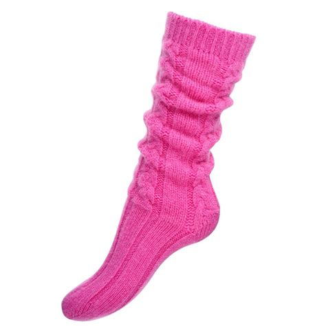 100 cable knit socks for