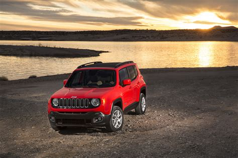 jeep crossover 2015 2015 jeep renegade is a turbocharged global crossover gas 2