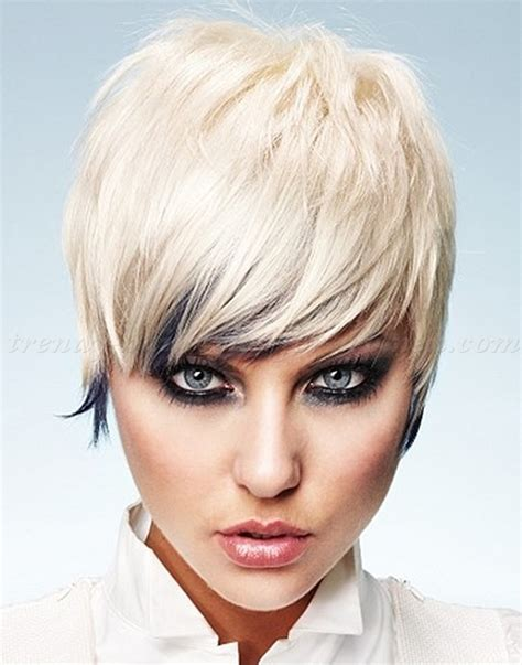 pixie haircut blonde pixie hairstyle trendy hairstyles pixie cut pixie haircut cropped pixie short summer