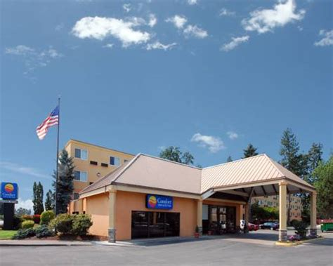comfort inn suites beaverton or aaa