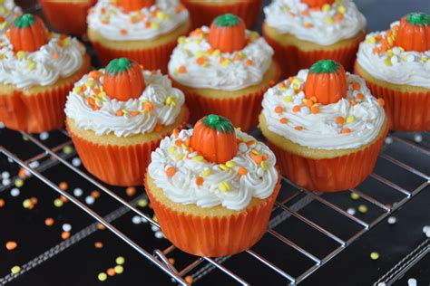 easy fall cupcake decorating ideas southern blue celebrations cupcake ideas