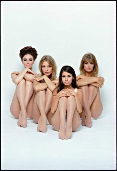 libro valley of the dolls promotional photo for film valley of the dolls 1967 sharon tate in