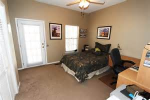 One Bedroom Apartments Auburn Al Lakewood Commons Auburn Al Homes Auburn Al Real Estate