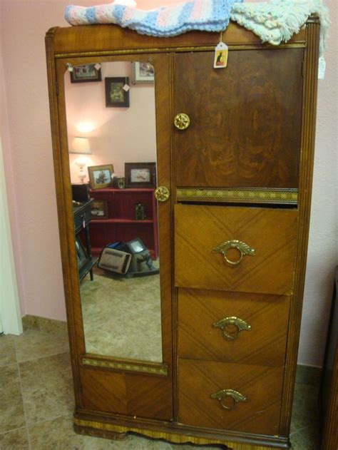 Antique Chifferobe With Mirror 16 Best Images About Chifferobe On Painted