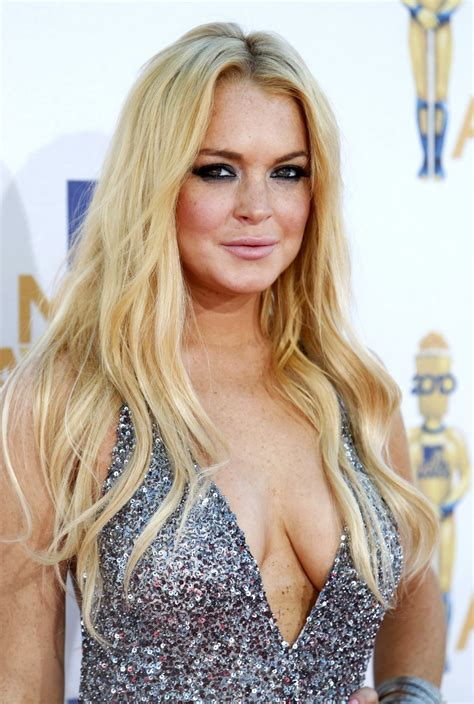Lindsay Lohan Traded In A Bad Habit For A Boyfriend by Lindsay Lohan S Path Of Self A Timeline