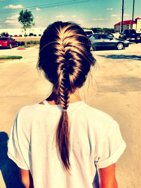 crocodile plait hairstyle 25 best ideas about french fishtail braids on pinterest