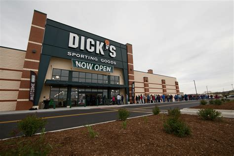 new store openings sporting goods