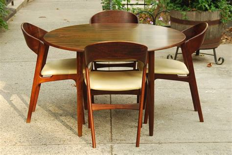 Teak Dining Tables And Chairs Choosing The Right Teak Dining Chairs For Your Home