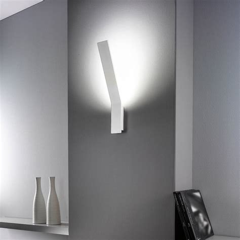 linea light illuminazione linealight lama parete