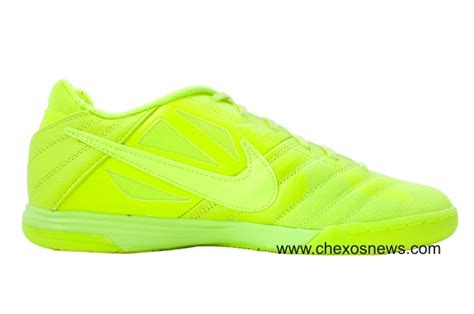 Sepatu Futsal Nike Lunar Gato toko sepatu bola jual sepatu bola nike adidas