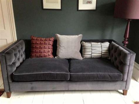 divano grigio oltre 25 fantastiche idee su divano grigio scuro su