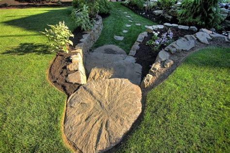 giardini con pietre e sassi sassi per giardino progettazione giardini sassi per il