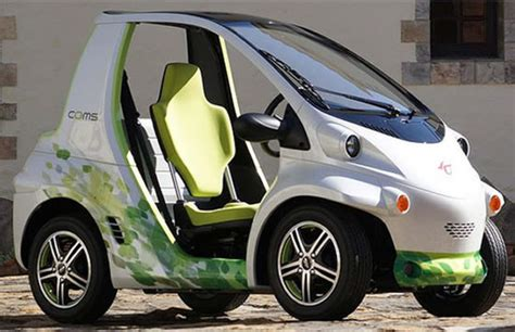 Toyota Electric Car Japan Coms Toyota S Single Seat Electric Car Unveiled