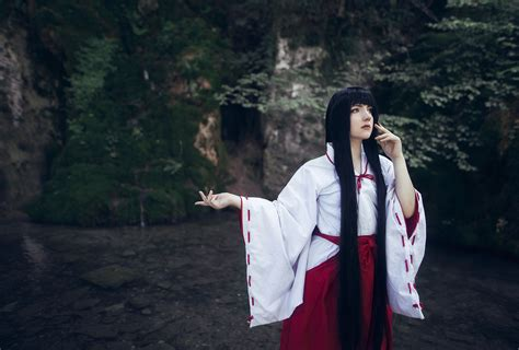 Costume Kikyo Inuyasha inuyasha kikyo cosplayer and photographer based in