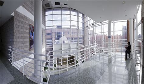 Cuny Central Office by Atrium Hostos Community College