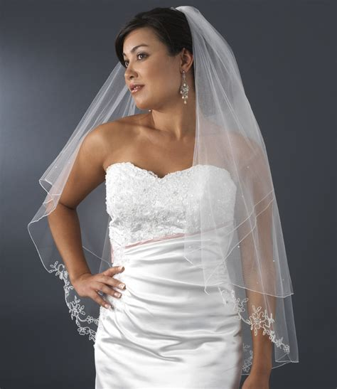 flower pattern veil double tier white veil with flower pattern pencil edge of