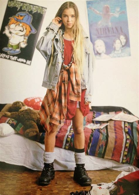 cool 90s fashion trends in memory 90s pinterest