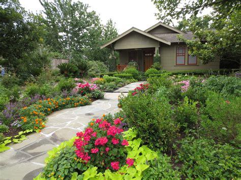 The Other Houston Great Bungalow Garden Ideas Bungalow Garden Design